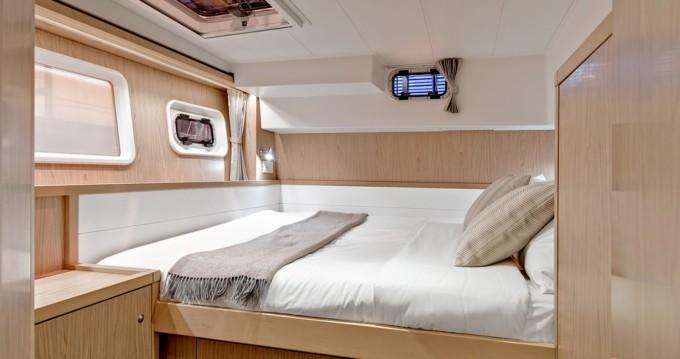 Catamaran à louer à Douro Marina au meilleur prix
