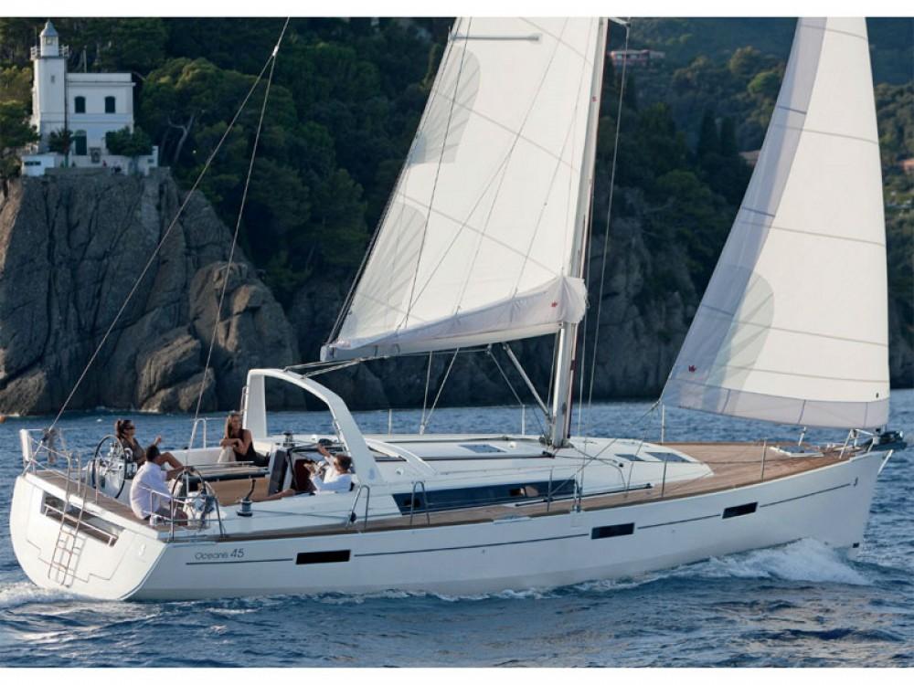 Location bateau Leucade pas cher Oceanis 45