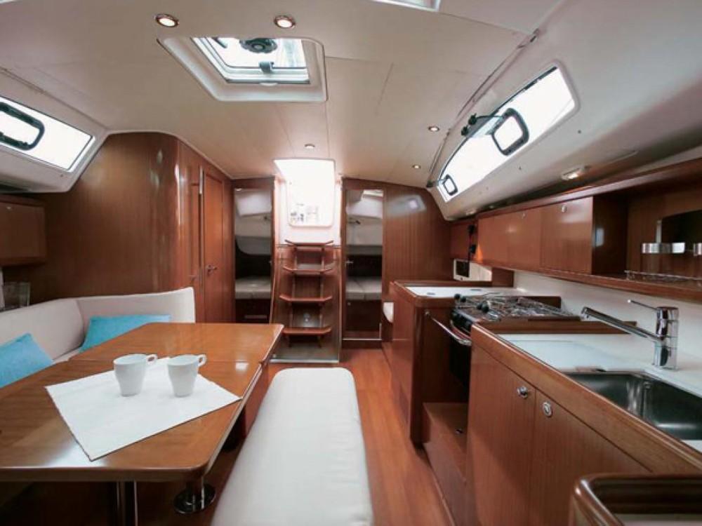Location yacht à Furnari - Bénéteau Oceanis 40 sur SamBoat