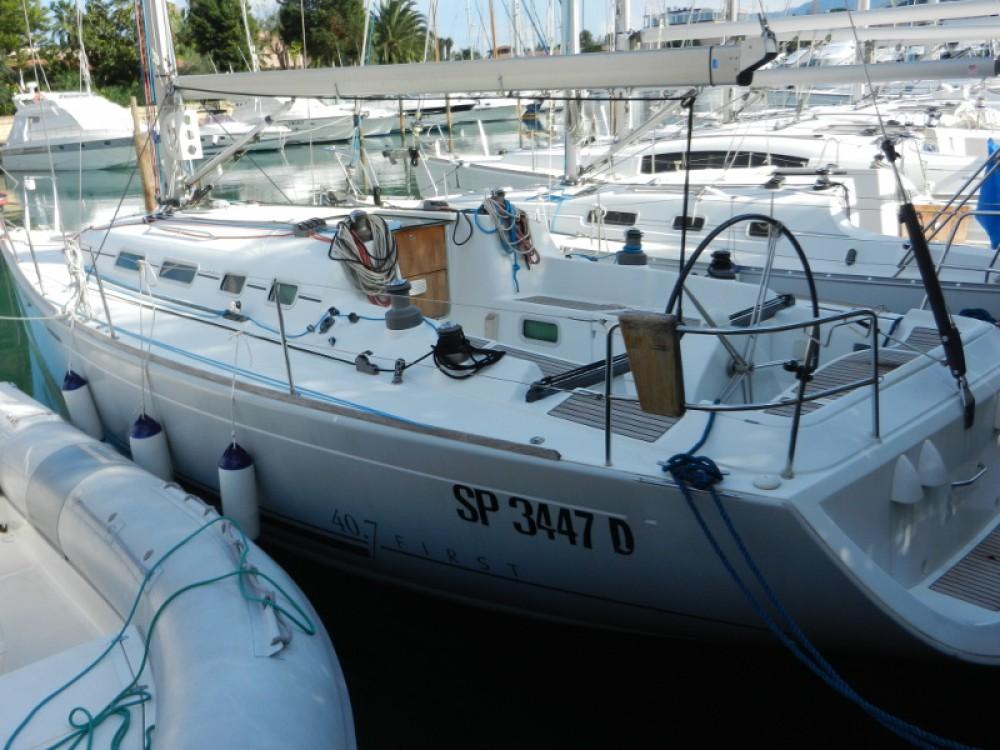 Location bateau Furnari pas cher First 40.7
