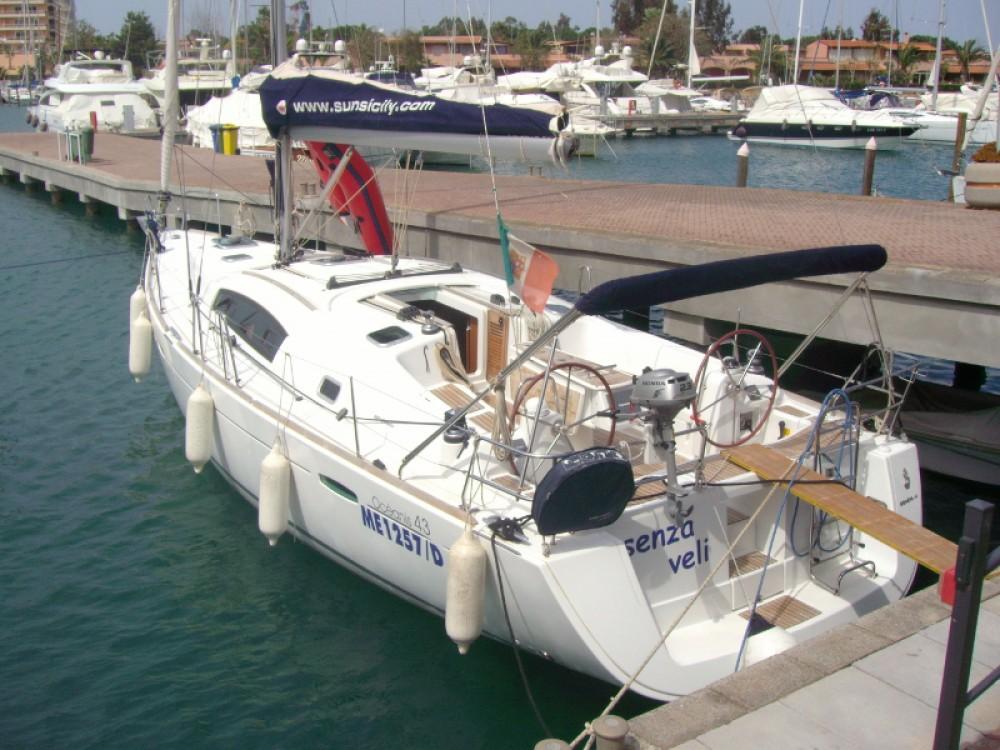 Location bateau Furnari pas cher Oceanis 43