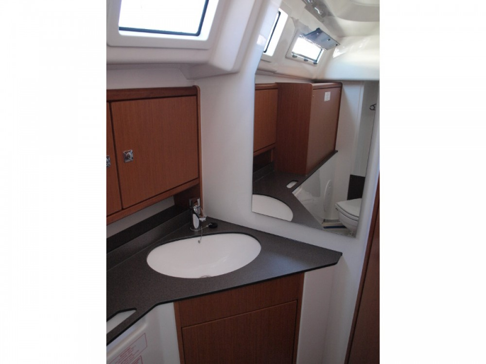Location yacht à Primošten - Bavaria Bavaria Cruiser 33 sur SamBoat