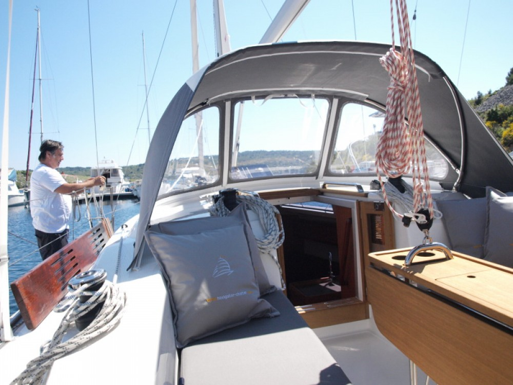 Location bateau Bavaria Bavaria Cruiser 33 à Primošten sur Samboat