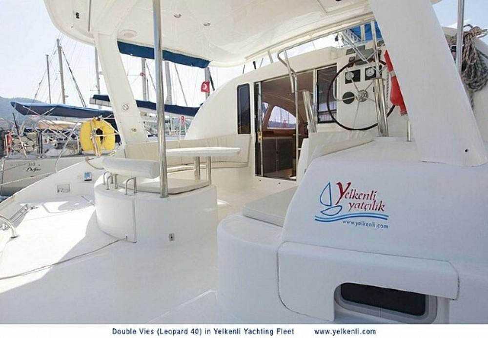 Louer Catamaran avec ou sans skipper Leopard à Muğla