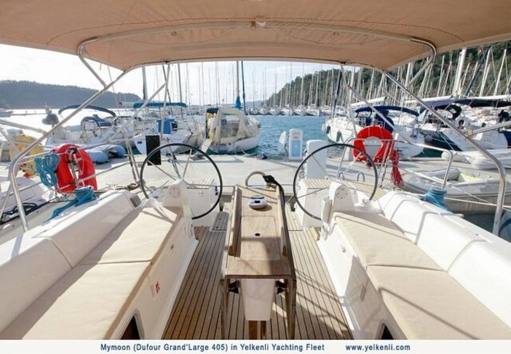 Location bateau Orhaniye pas cher Dufour 405 Grand Large
