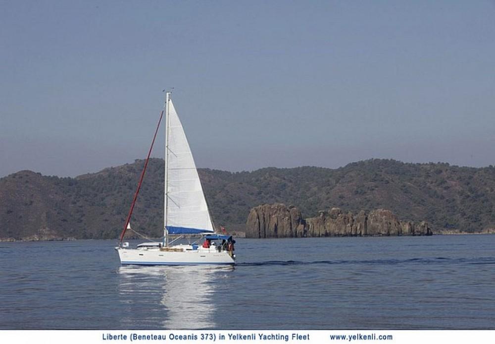 Location bateau Bénéteau Oceanis 373 à Orhaniye Mahallesi sur Samboat