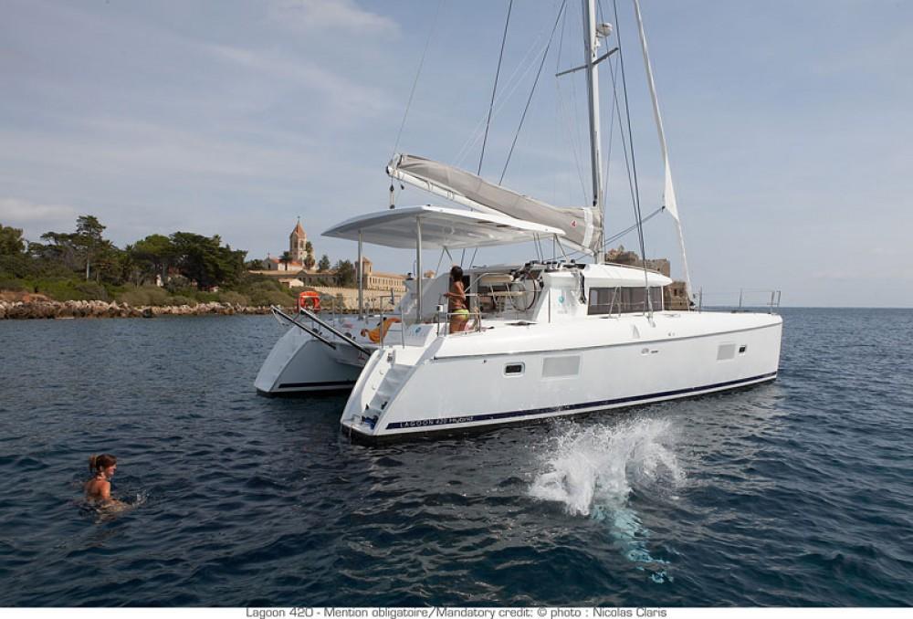 Catamaran à louer à Muğla au meilleur prix