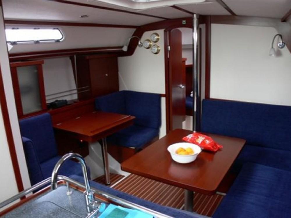Location bateau Marina Kaštela pas cher Hanse 370