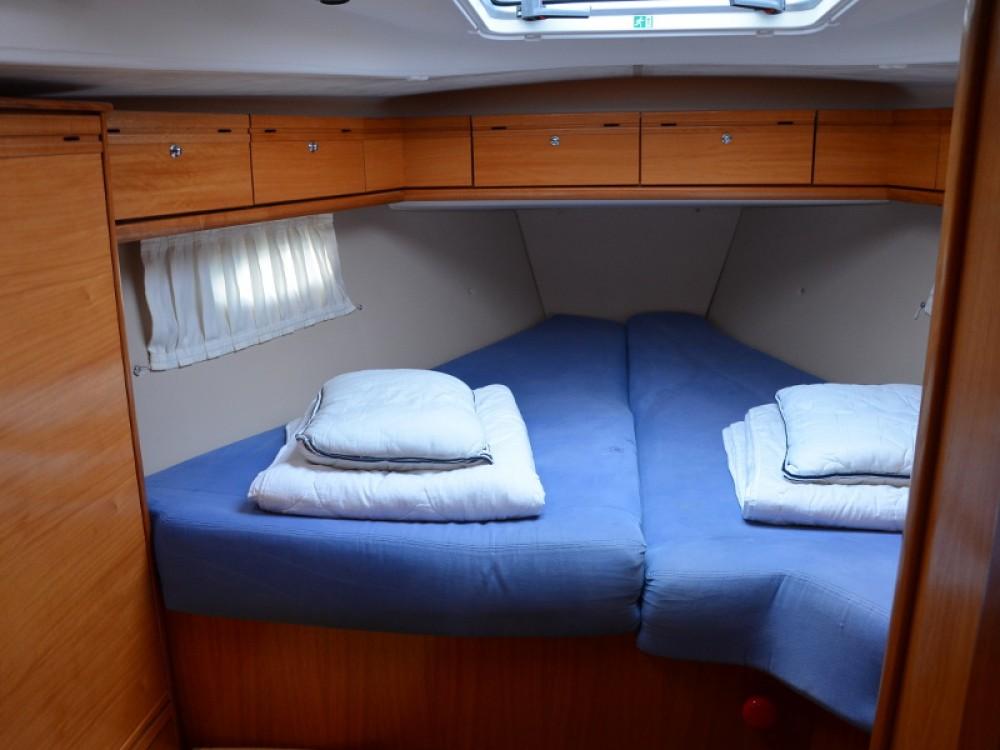 Bavaria Cruiser 50 entre particuliers et professionnel à Marina Kaštela