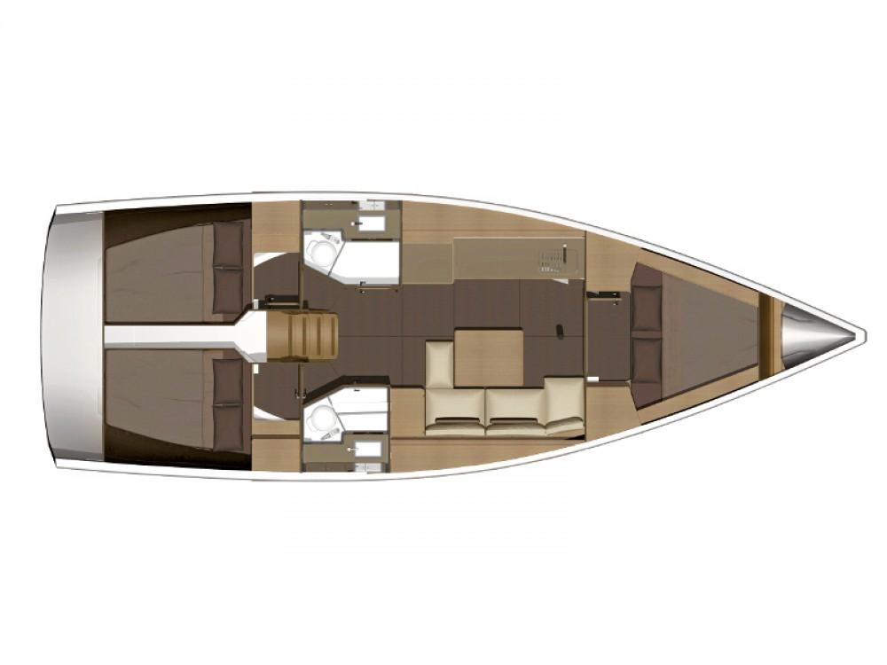Location bateau Arona pas cher Dufour 382 Grand Large