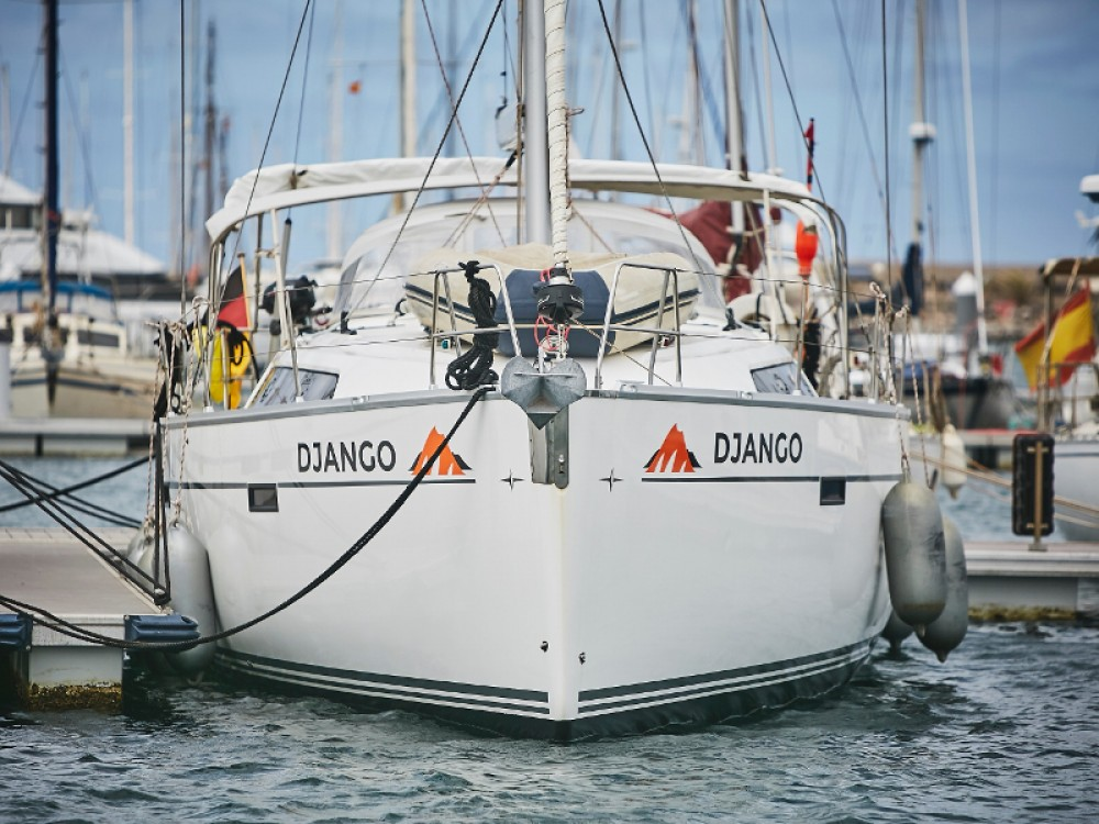Boat rental Bavaria Cruiser 46 in Marina Lanzarote on Samboat