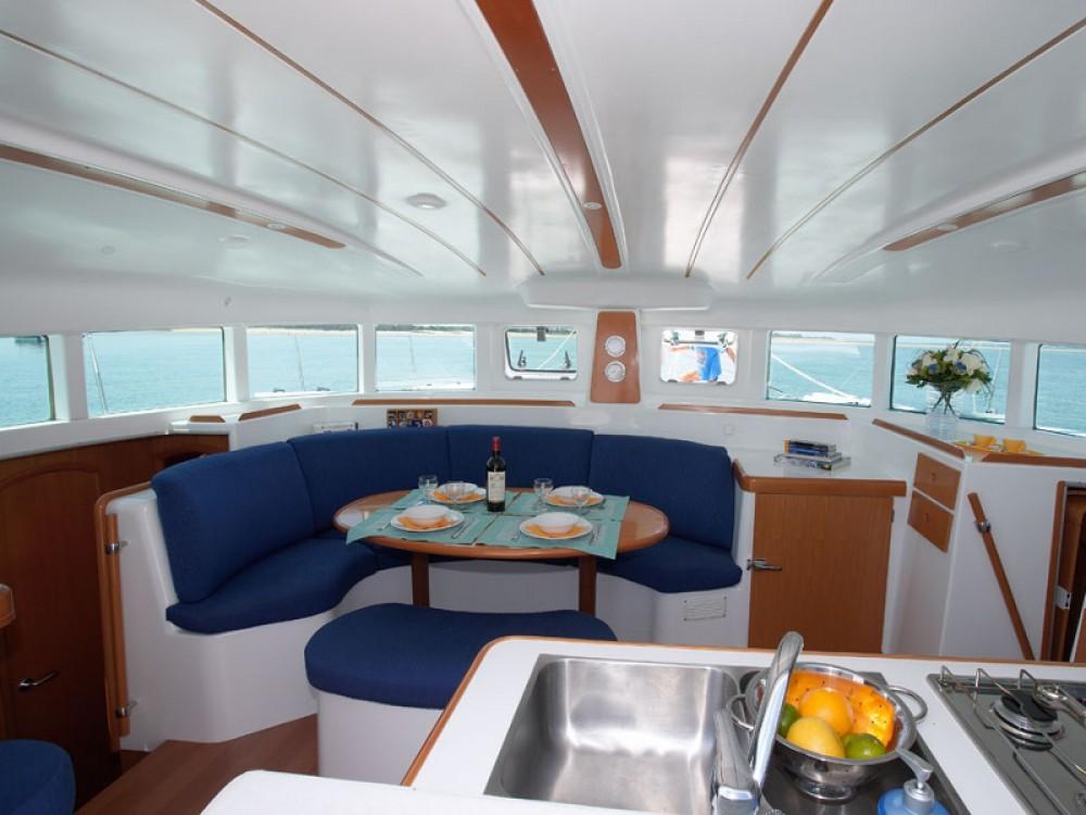 Louer Catamaran avec ou sans skipper Lagoon à Marsala