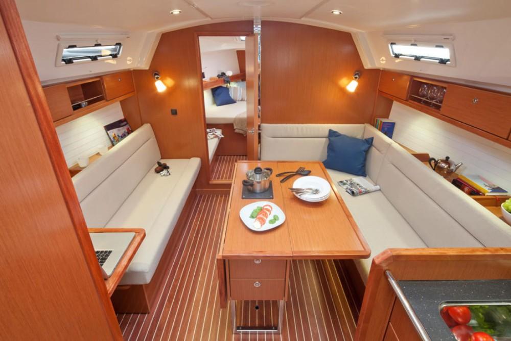 Bavaria Cruiser 36 entre particuliers et professionnel à Marina Zadar