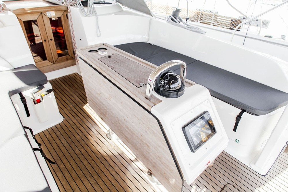Bavaria Bavaria 46 Cruiser entre particuliers et professionnel à Sibenik