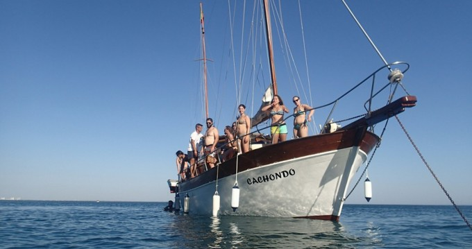 Location yacht à Distrito de Setúbal - Mallorquina  motor-sailing sur SamBoat