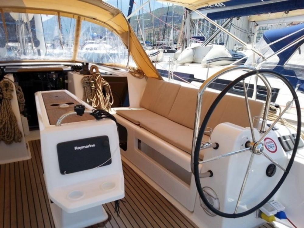 Location bateau Marmaris pas cher Dufour 410 Grand Large 6