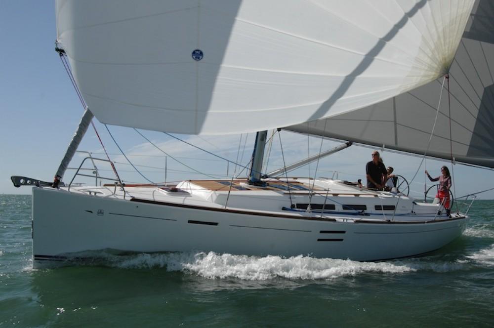 Location bateau Marmaris pas cher Dufour 40 E Performance