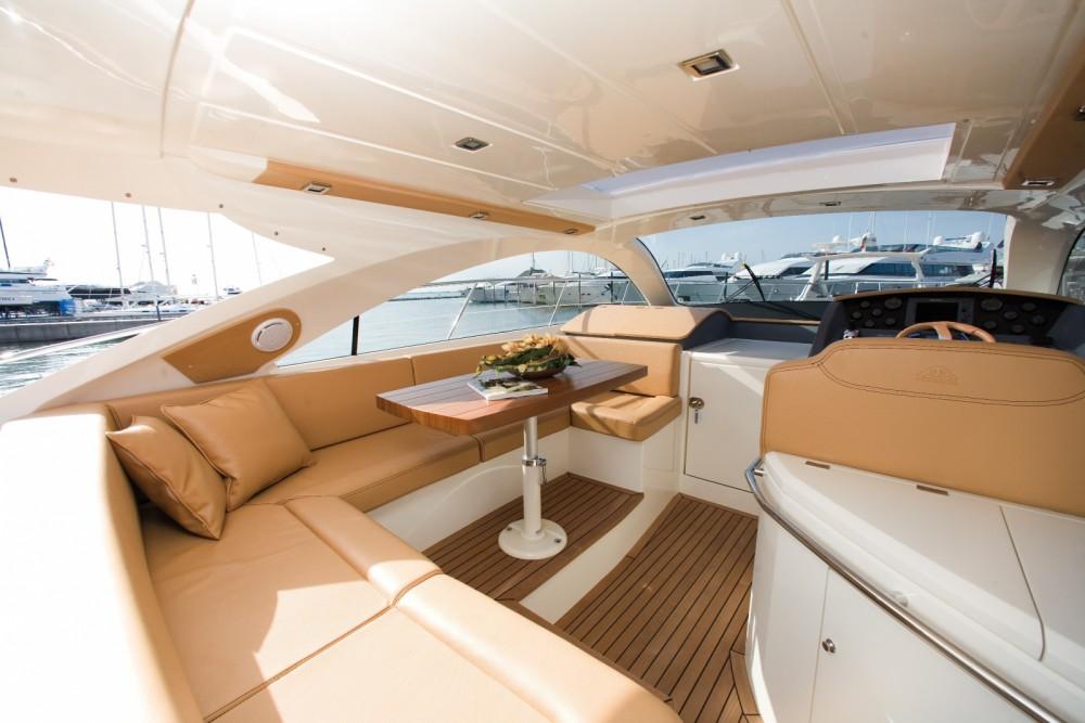 noleggio Yacht Carloforte - Astondoa 43 HT