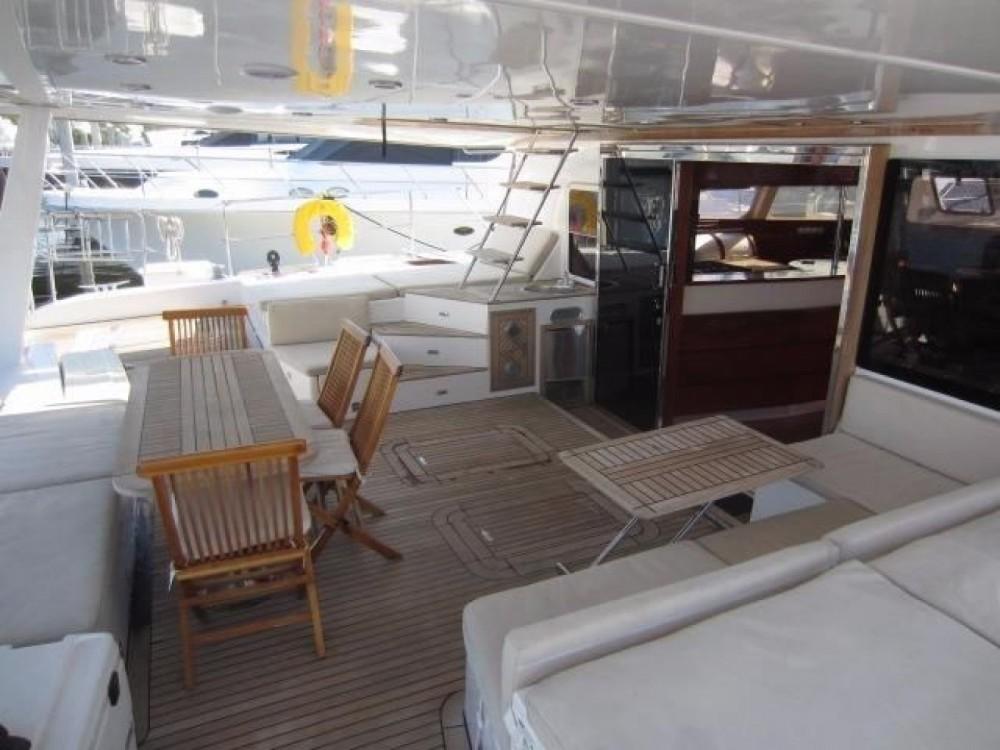 Location bateau Sunreef Sunreef 62 à Cannes sur Samboat