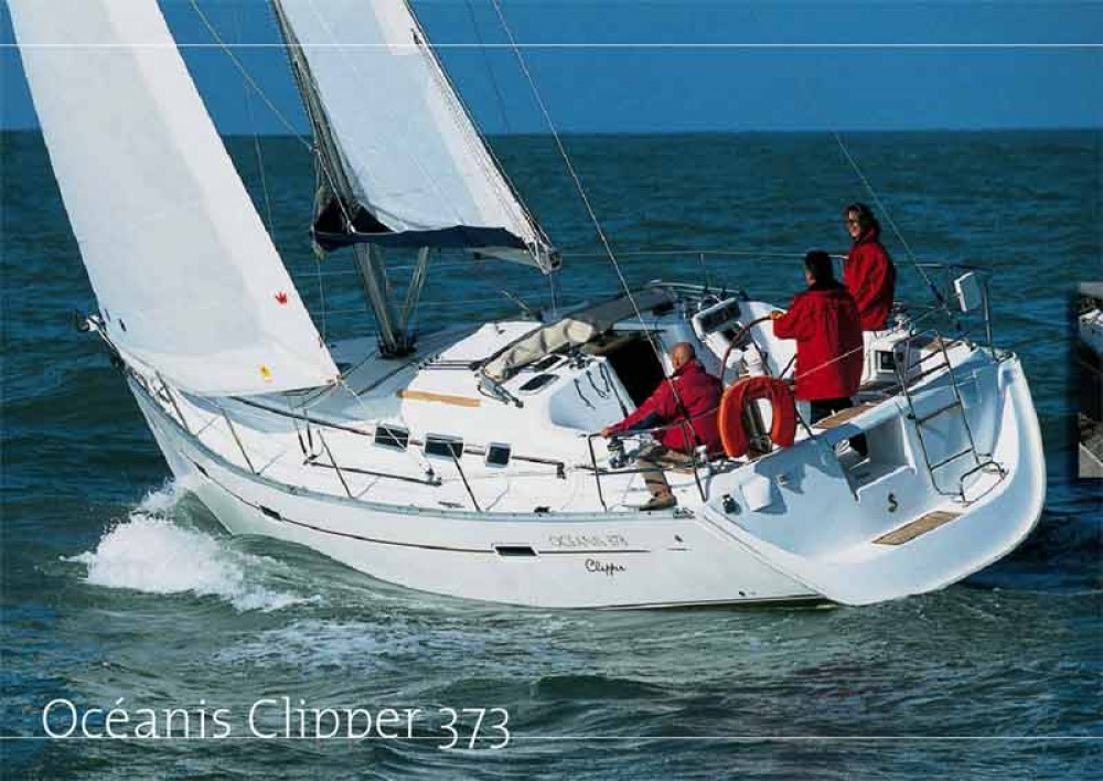 Louez un Bénéteau Oceanis 373 Clipper à Marina de Alimos