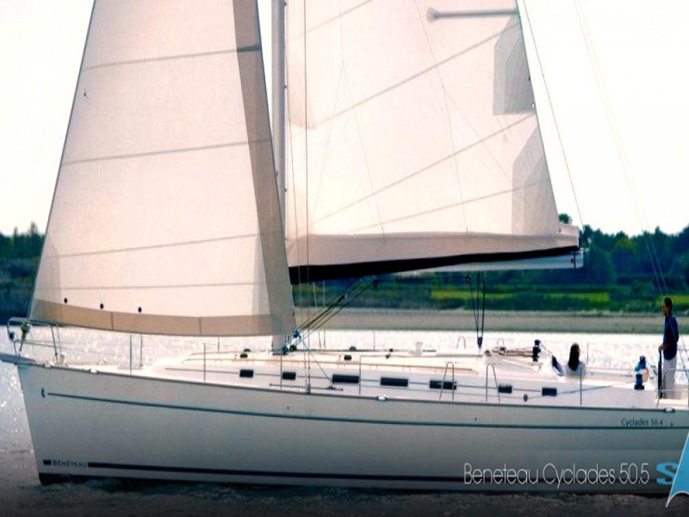 Boat rental Bénéteau Cyclades 50.5 in Μαρίνα Αλίμου on Samboat