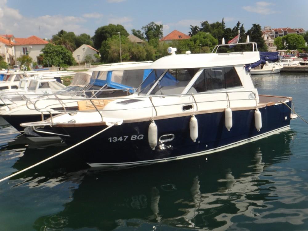 Location bateau Marina Šangulin pas cher Adria Event 850