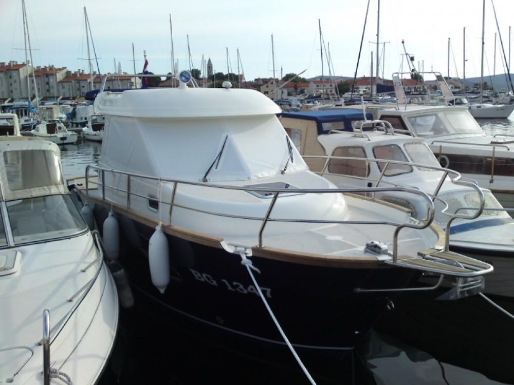 Location yacht à Marina Šangulin - Sas Vektor Adria Event 850 sur SamBoat