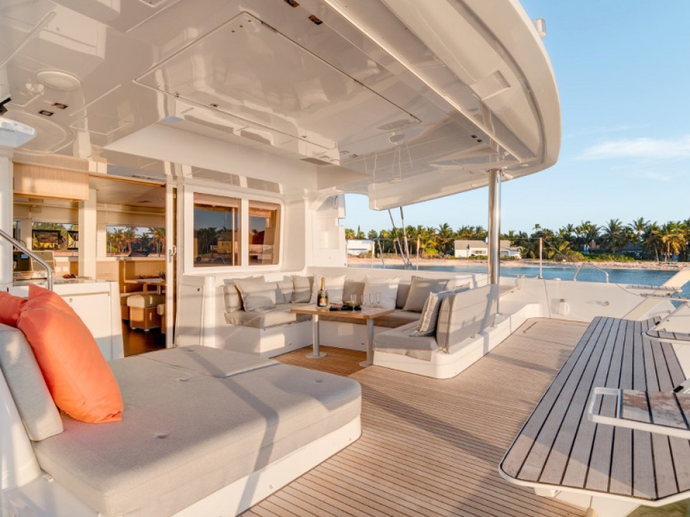 Location yacht à Capo d'Orlando Marina - Lagoon Lagoon 52 F sur SamBoat