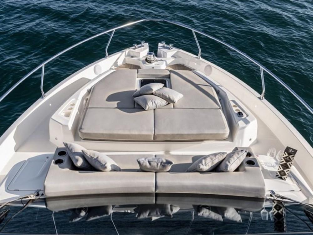 Rental Motor boat in ACI Marina Split - Cranchi Cranchi E 52 F Evoluzione