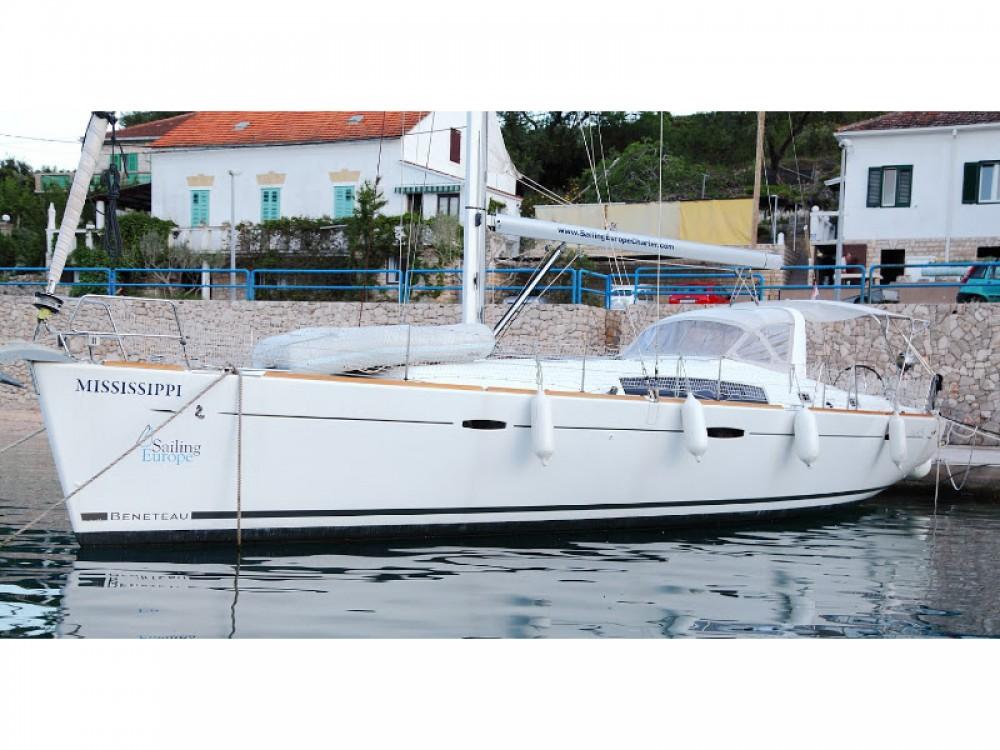 Louer Voilier avec ou sans skipper Bénéteau à Šolta