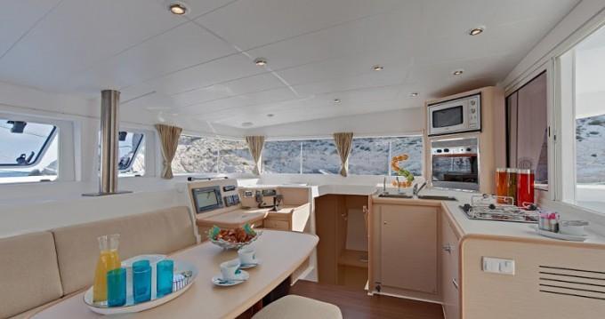 Louer Catamaran avec ou sans skipper Lagoon à Rogač