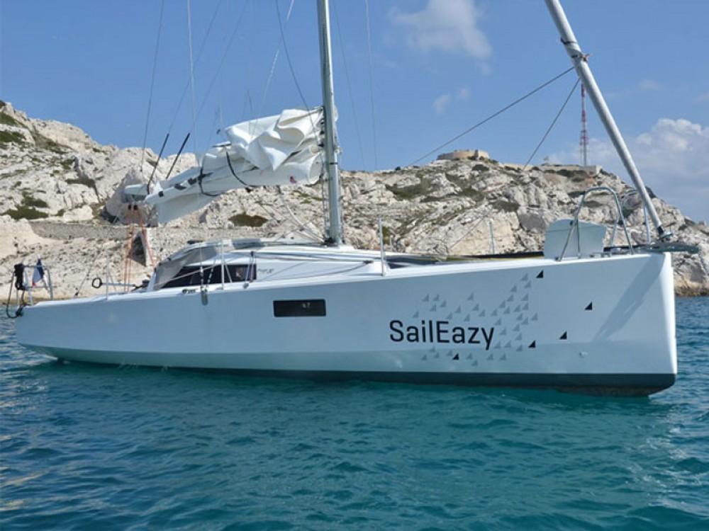 Boat rental Marseille cheap Pogo 30