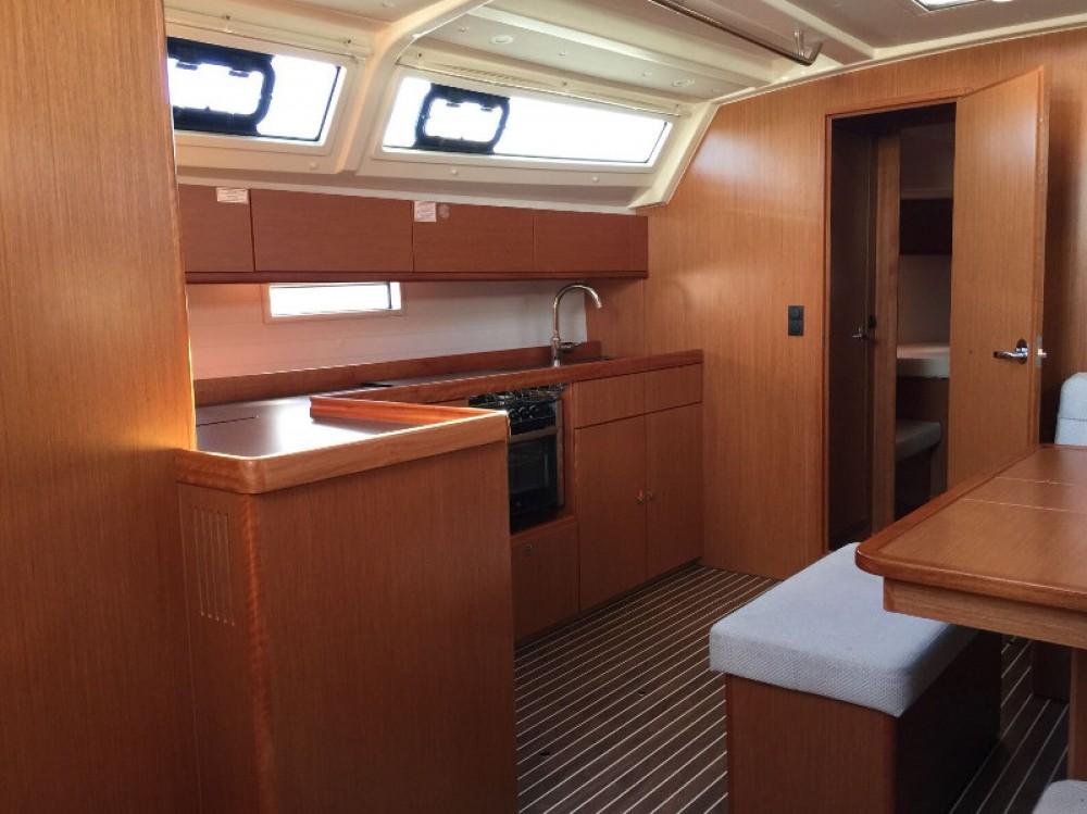 Location bateau Bavaria Cruiser 46 à Furnari sur Samboat