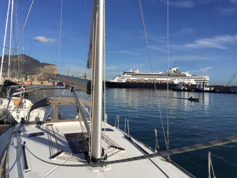 Bavaria Cruiser 46 entre particuliers et professionnel à Furnari
