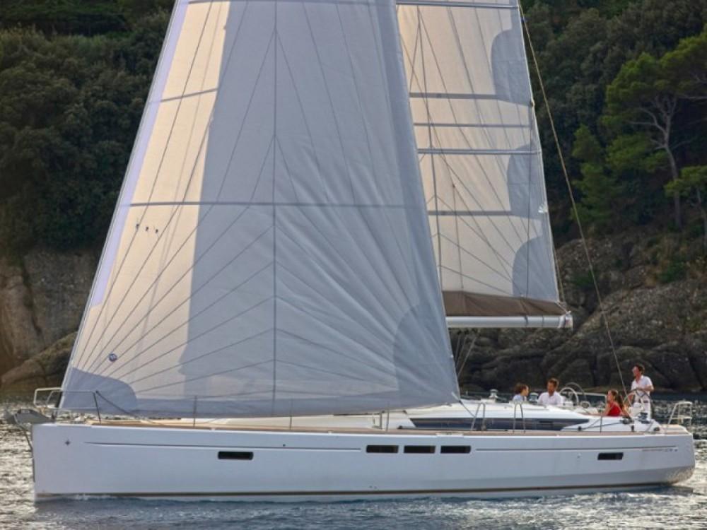 Location bateau Jeanneau Sun Odyssey 519 à Furnari sur Samboat