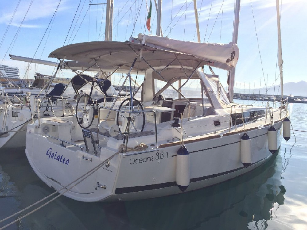 Location yacht à Furnari - Bénéteau Oceanis 38.1 sur SamBoat