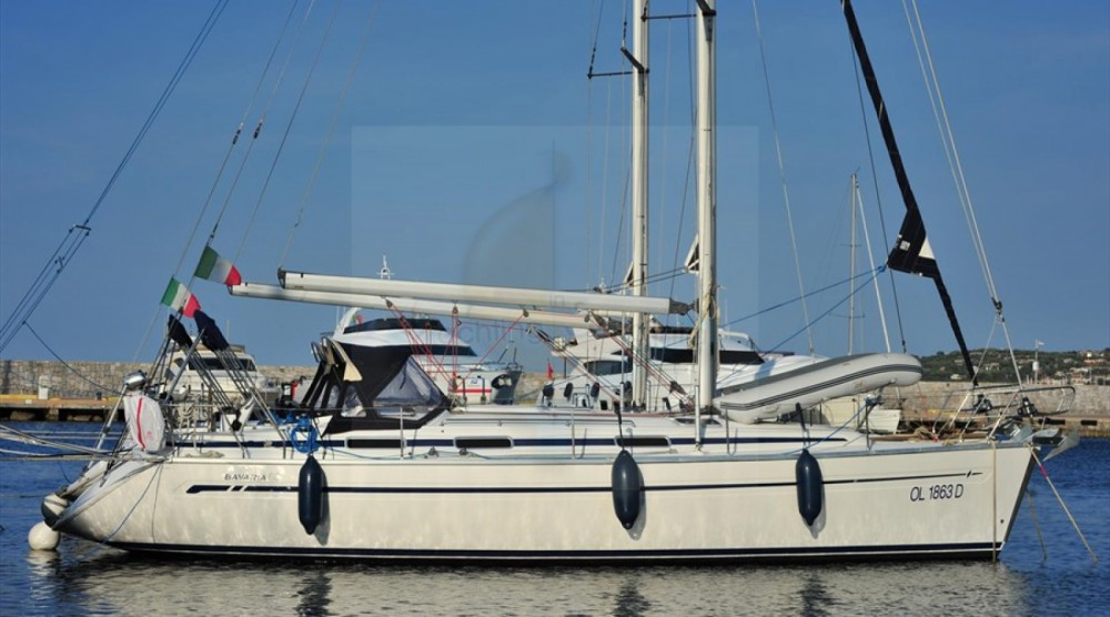 Location bateau Marina di Portisco pas cher Bavaria 38