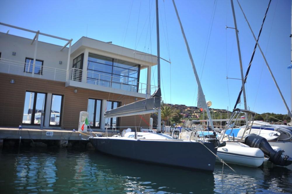 Bénéteau Beneteau 25 Platu entre particuliers et professionnel à Marina di Portisco