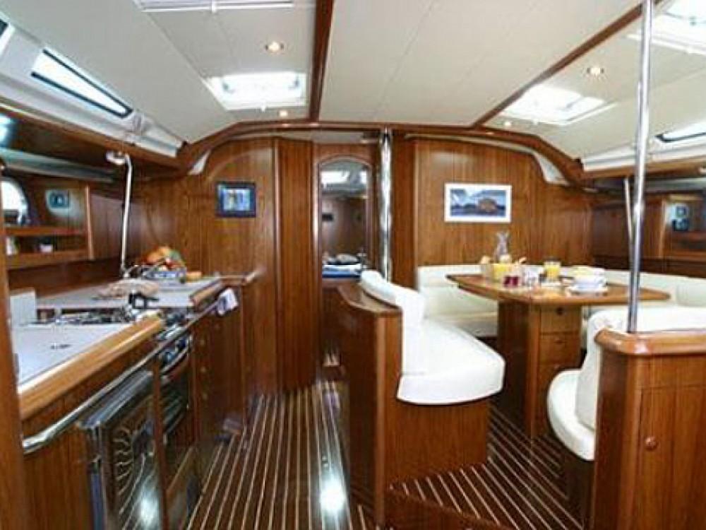Location bateau Μαρίνα Αλίμου pas cher Sun Odyssey 49