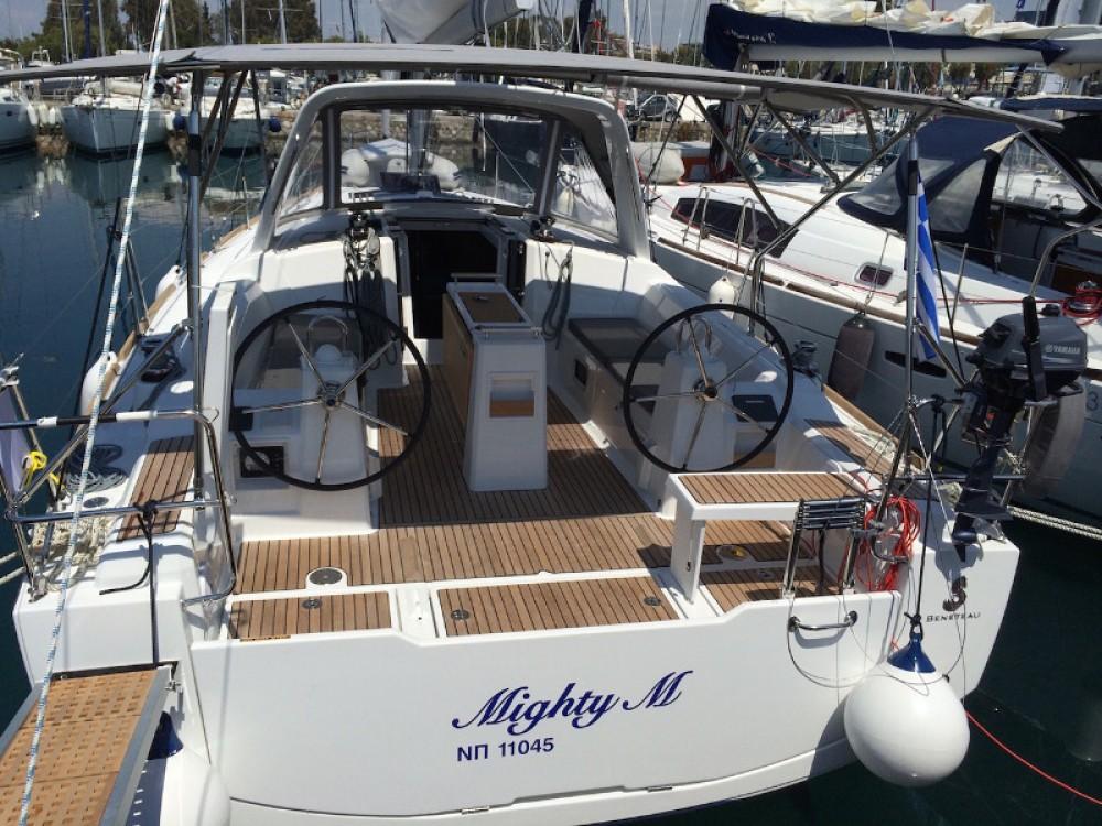 Louez un Bénéteau Beneteau - Oceanis 38 à Marina de Alimos