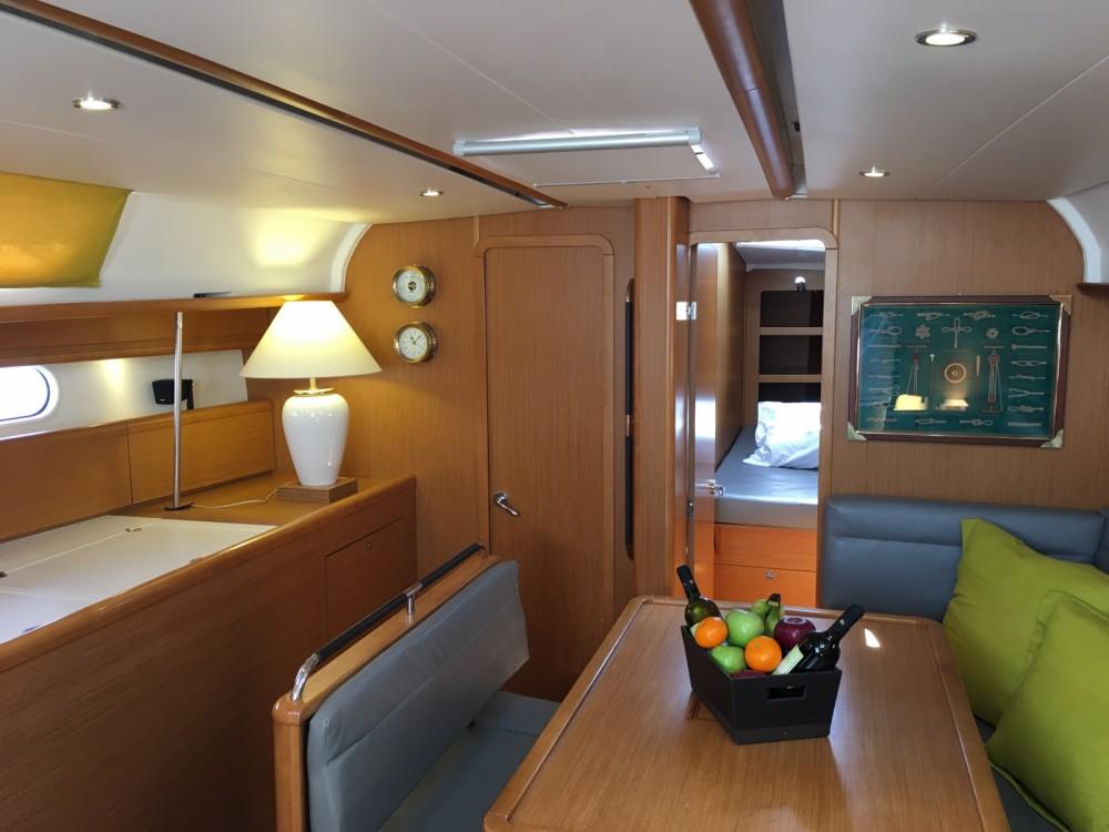 Location yacht à Μαρίνα Αλίμου - Jeanneau Sun Odyssey 44 sur SamBoat