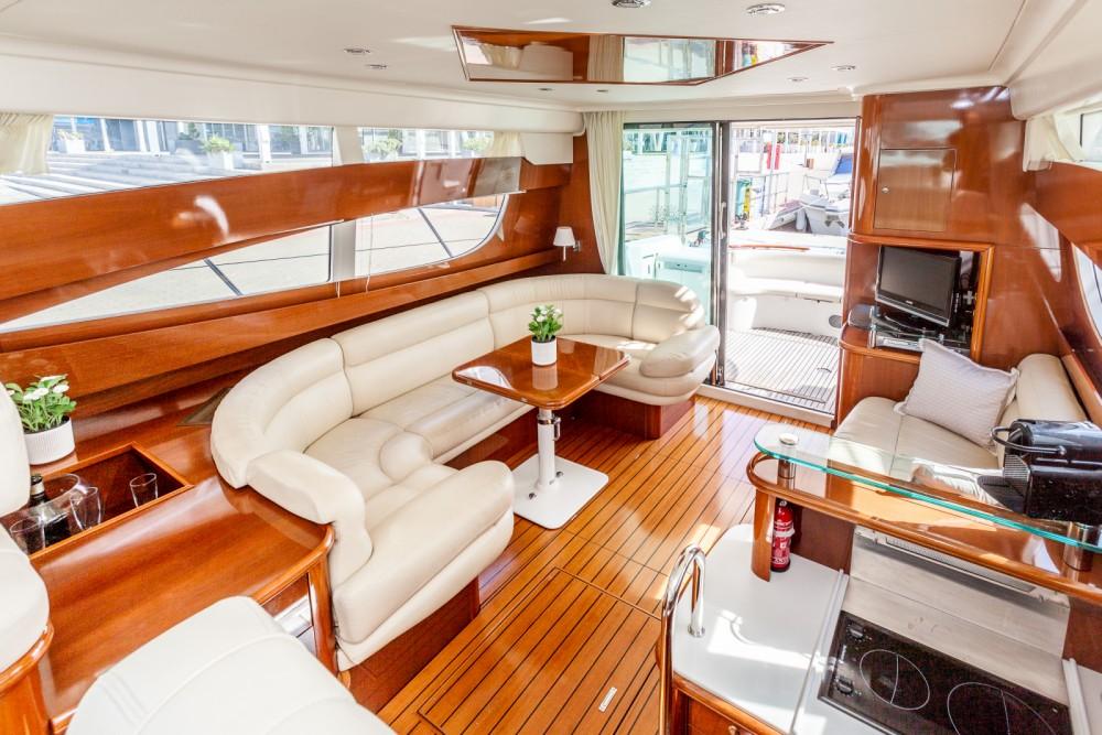 location bateau  u00e0 moteur jeanneau prestige 46 romanica