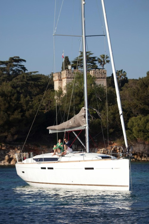 Location yacht à Nettuno - Jeanneau Sun Odyssey 449 sur SamBoat