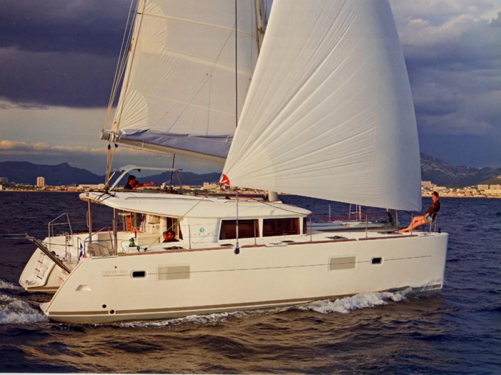 Location bateau Nettuno pas cher Lagoon 400 S2