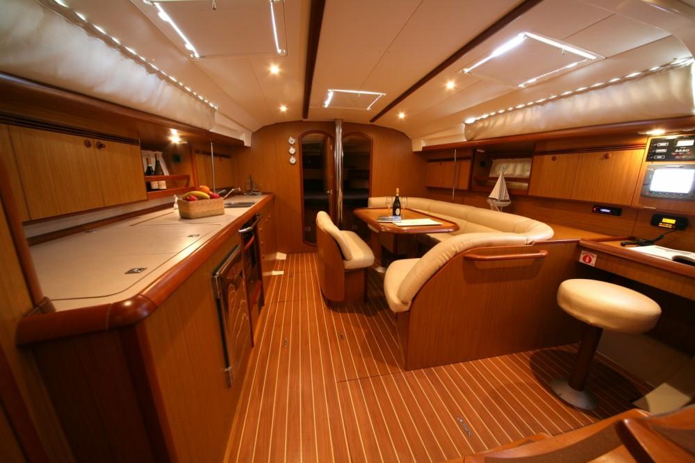 Location bateau Nettuno pas cher Sun Odyssey 45 Performance