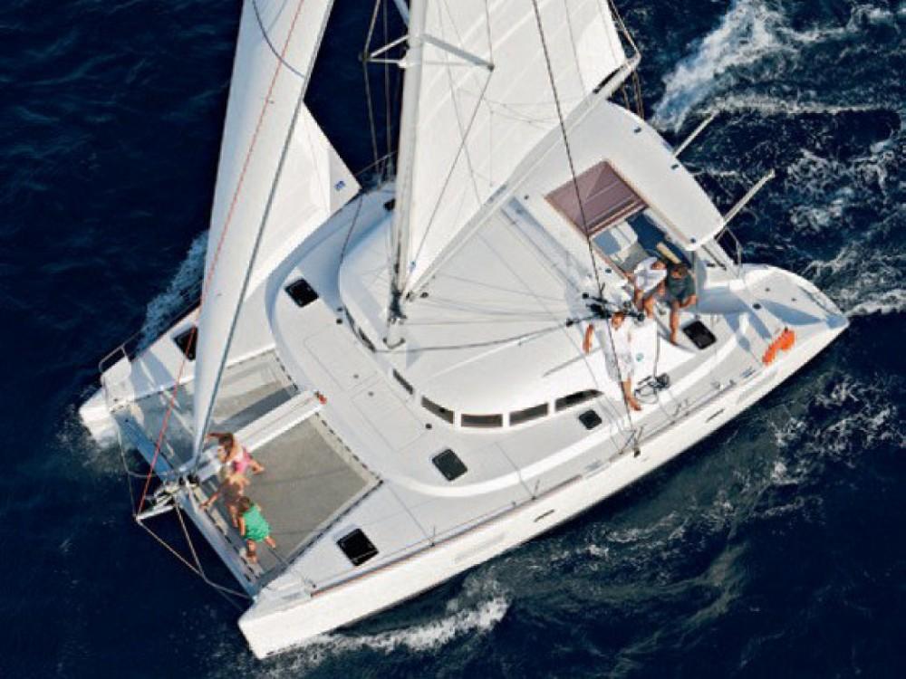 Location bateau Victoria pas cher Lagoon 380