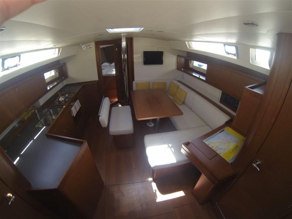 Location bateau Marina Medulin pas cher Oceanis 45