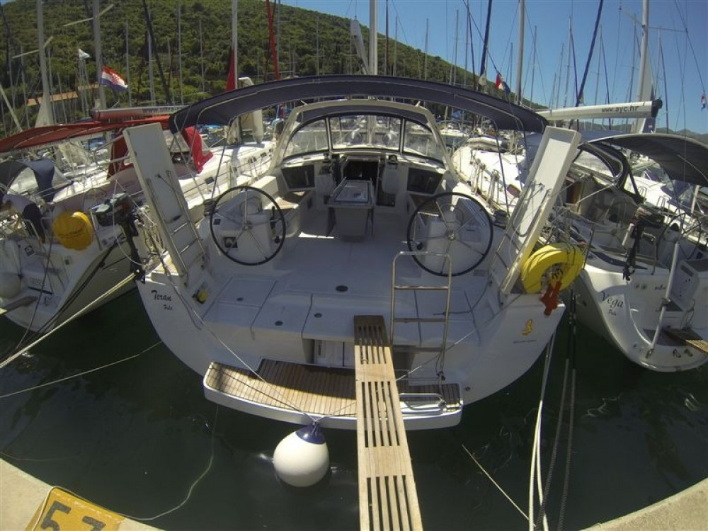Louez un Bénéteau Oceanis 45 à Marina Medulin