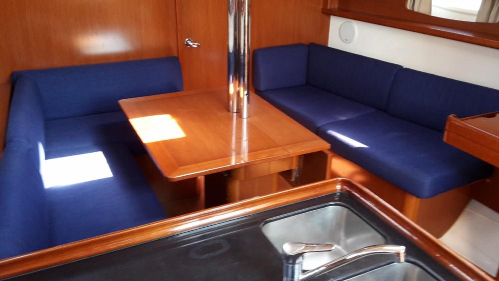 Location bateau Marina Medulin pas cher Oceanis 37