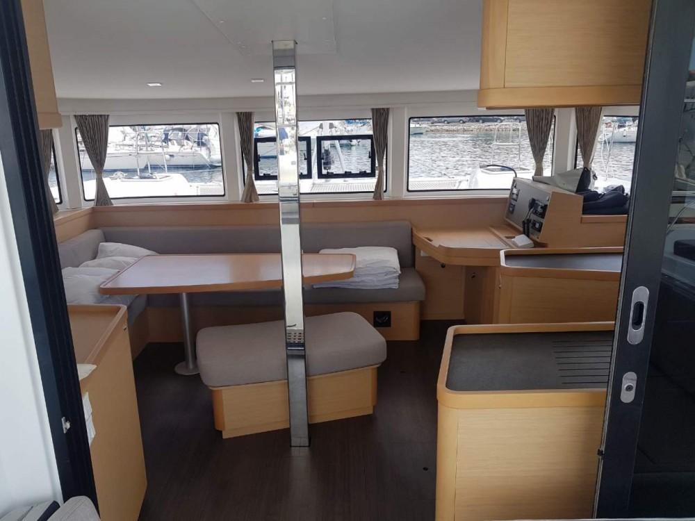Location bateau Marina Medulin pas cher Lagoon 42